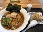 トリコ食堂の中華そばとジューシー.jpg